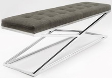 ŁAWKA DI wykonana jest z najwyższej klasy stali nierdzewnej, wykończona jest materiałem, który można dowolnie sobie wybrać. Ławka znajduje...