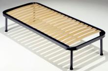 Stelaż łóżka pod materac bez przodu oraz tyłu.<br />Stelaże z ramą obwodową metalową o przekroju 40 mm. Stelaże stworzone są z...
