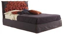 Włoskie łóżko BEAUTIFUL BIG CHIC jest częścią kolekcji znanej włoskiej firmy Bolzan Letti, która specjalizuje się w produkcji...