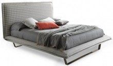 Włoskie łóżko HANDSOME LIGHT jest częścią kolekcji znanej włoskiej firmy Bolzan Letti, która specjalizuje się w produkcji...