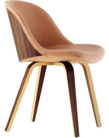 Krzesło DANNY, to nowość w naszej ofercie.<br />Jest to krzesło drewniane z tapicerowanym siedziskiem i oparciem. Posiadamy w naszej ofercie, dużą...