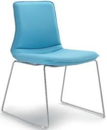 INCA IN201 to krzesło konferencyjne. Krzesło jest tapicerowane, bez podłokietników. Podstawa krzesła to chromowane płozy posiadające możliwość...