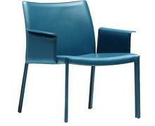 Fotel z podłokietnikiem NUVOLA ATBR CU, cechuje się bardzo prostą stylistyką, która usatysfakcjonuje osoby o najróżniejszych...