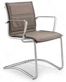 LUX LX803 to fotel konferencyjny, posiadający niskie oparcie. Posiada chromowany, aluminiowy stelaż i podłokietniki. Podstawa to płozy, wykonane także z...