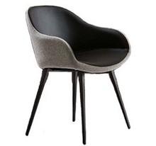 Fotel SONNY PB-Q z niskim podłokietnikiem o wysokości 67 cm.  Stelaż tego fotela jest metalowy, nóżki są kwadratowe, malowane na 3 kolory do wyboru -...
