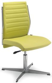 STEEL ST17 jest fotelem konferencyjnym. Wyposażony jest w niskie, tapicerowane oparcie i stalowy, chromowany stelaż. Podstawa to chromowany krzyżak. ...