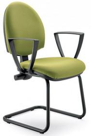 CLICK CK502 to fotel konferencyjny. Posiada niskie, tapicerowane oparcie oraz czarne, nylonowe podłokietniki.<br />Podstawa to płozy – do wyboru-...