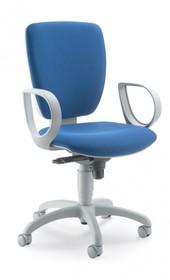 GAMMA GA102G jest fotem gabinetowym. Fotel posiada wysokie, tapicerowane oparcie. Rama fotela jest szara (RAL 7040). Postawa to pięcioramienny krzyżak...