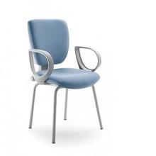 GAMMA GA106G jest fotem konferencyjnym. Fotel posiada niskie, tapicerowane oparcie. Rama fotela jest szara (RAL 7040). Fotel jest czworonożny.<br...