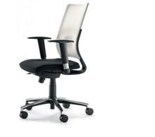 JOY JO101S to fotel gabinetowy. Posiada wysokie, siatkowane oparcie oraz wysokie, regulowane podłokietniki.<br />Podstawa fotela to pięcioramienny...