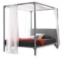 Włoskie łóżko z baldachimem CEYLON jest częścią kolekcji znanej włoskiej firmy Bolzan Letti, która specjalizuje się w produkcji...