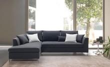 Nowoczesny szezlong SPRINT.<br />Wybierając sofę napisz nam, który podłokietnik wybierasz - typ A z lekkim profilowaniem, czy typ B -...