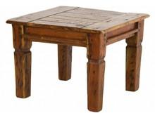 Mała, kwadratowa, drewniana ława.<br />Meble z tej kolekcji wykonane zostały z indyjskiego drewna akacji, rustykalne i postarzane, całość posiada...
