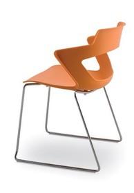 ZENITH ZN051 jest krzesłem konferencyjnym. Posiada stalową ramę zakończoną podstawą w typie płozy, dostępną w dwóch kolorach- chromowanym...