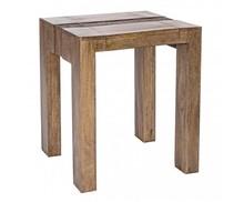 Drewniany, kwadratowy stolik pod lampkę JAM z najnowszego katalogu Bizzotto.<br />Mebel wykonany z solidnego drewna mango. Wykończenie nitrocelulozowe...