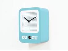 Włoski zegar ścienny zaprojektowany przez Alexa Sacchetti. Wykonany z malowanego drewna. Do polakierowania został wykorzystany lakier ekologiczny...