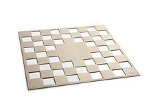 KUKA 4 to skórzany kwadrat o powierzchni 50cm x 50cm, który swym szykiem uświetni nie tylko biuro czy salon, ale niemal każde wnętrze, w...
