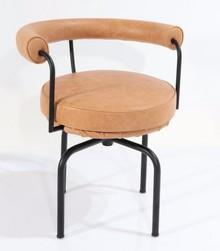 Krzesło z ekoskóry GIREVOLE LACCATA