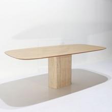 Stół z marmurową podstawą HENSAT