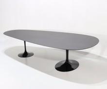 Owalny stół CIAGO