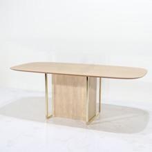 Stół SARA z podstawą ze stali i marmuru