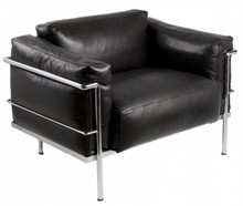 Fotel z metalowym stelażem 104